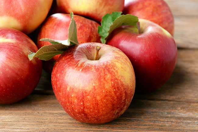 Apples are low in calories