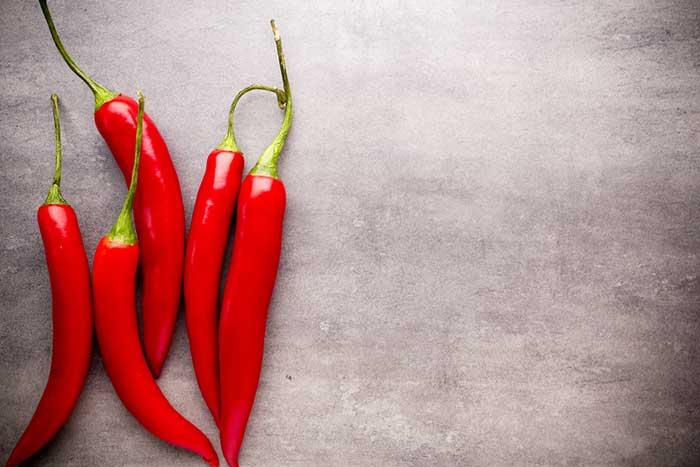 Les piments forts peuvent réduire la faim